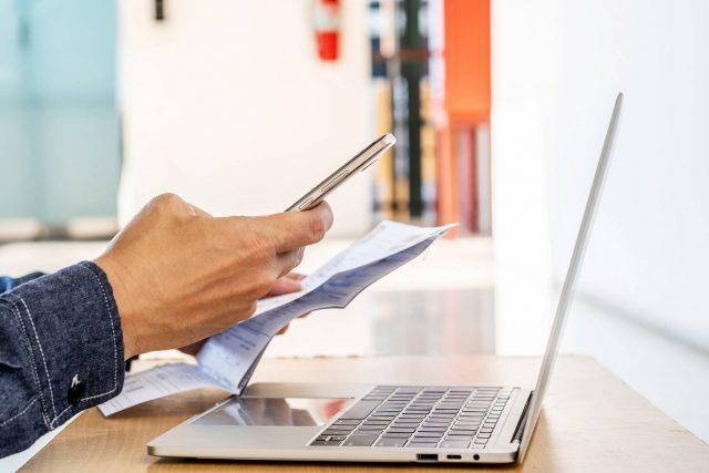 Il passaggio dalle fatture cartacee alle fatture web per le piccole imprese