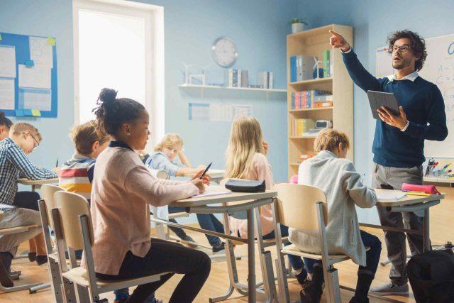 Carta del docente: che cos'è, a cosa serve e come usufruire dei bonus
